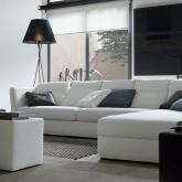 Interni d 39 autore arredamenti arredamento - Pulire divano tessuto bicarbonato ...